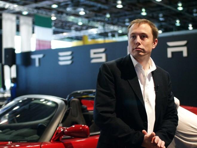 Hãng ô tô điện Tesla sẽ sản xuất xe tải hạng nặng chạy bằng điện