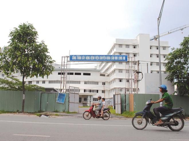 Dự án Bệnh viện chuyên khoa Sản Nhi Long An: Đấu thầu… rối như canh hẹ!