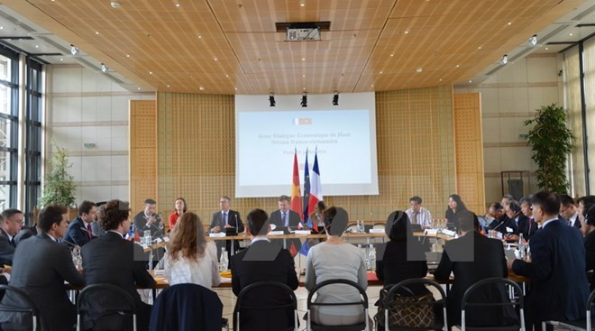 Đoàn doanh nghiệp hàng đầu Pháp sẽ tháp tùng Tổng thống Pháp Hollande thăm Việt Nam