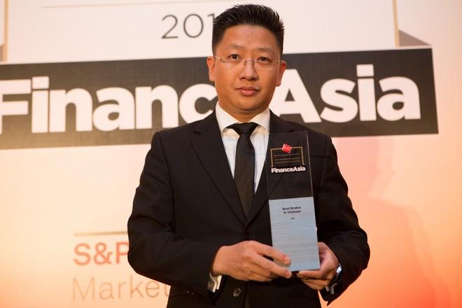 SSI nhận giải Nhà môi giới tốt nhất Việt Nam của Finance Asia
