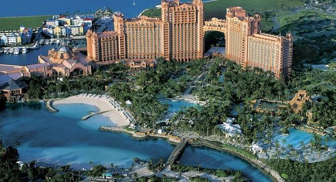 Phát lộ thêm hồ sơ thiên đường trốn thuế Bahamas