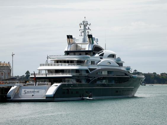 Phó Thái tử Ả rập bị lộ chuyện mua du thuyền siêu sang 452 triệu bảng Anh
