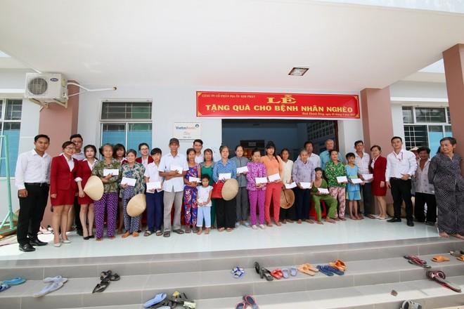 Địa ốc Kim Phát ủng hộ 200 triệu đồng cho người nghèo tỉnh Bến Tre