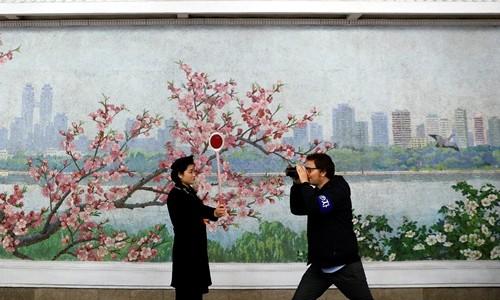 Phóng viên nước ngoài méo mặt vì chi phí tác nghiệp ở Triều Tiên