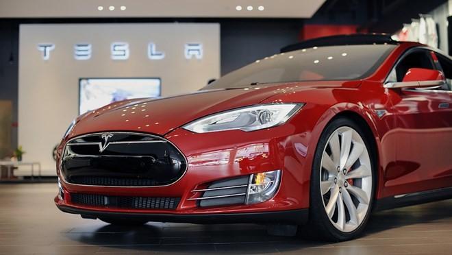 Tesla dự kiến sẽ huy động 1,5 tỷ USD để sản xuất xe sedan Model 3