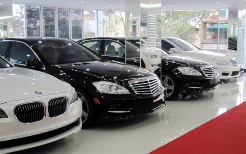Tháng 'cô hồn' - đặc trưng của thị trường ôtô Việt Nam
