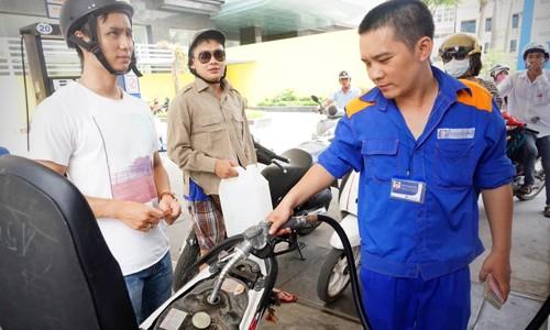 Giá xăng có thể tăng chiều nay