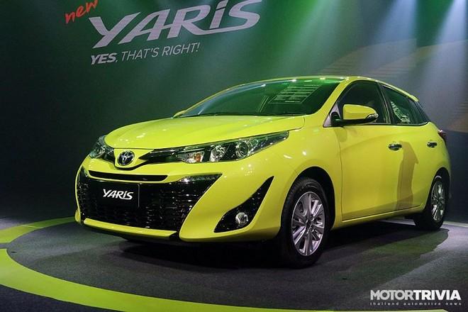 Toyota Yaris 2017: Bất ngờ với giá bán 319 triệu đồng