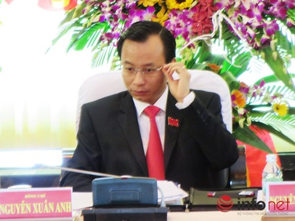 Tân Bí thư Thành ủy Đà Nẵng công bố số điện thoại và địa chỉ email