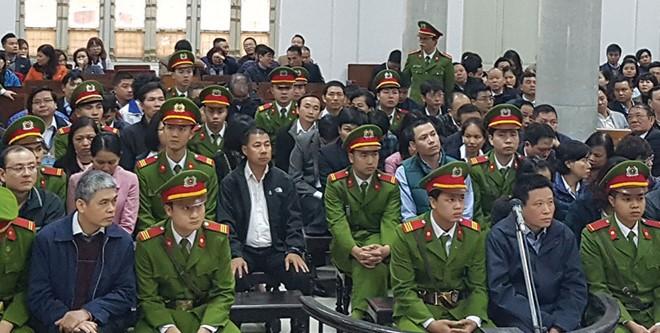 Đề nghị truy tố Nguyễn Xuân Sơn, Hà Văn Thắm thêm tội Tham ô