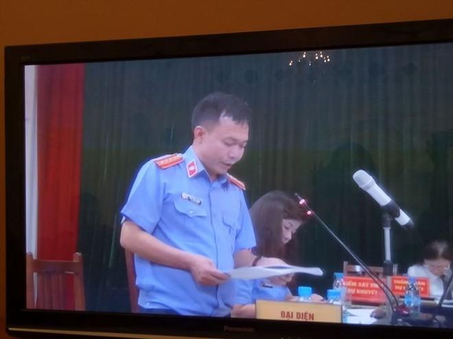 Đề nghị tử hình Nguyễn Xuân Sơn, án chung thân với Hà Văn Thắm