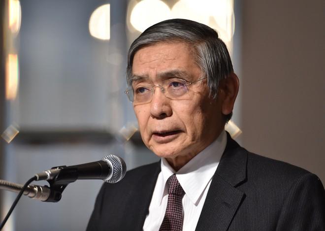 """Ngân hàng trung ương Nhật """"đau đầu"""" vì lạm phát"""