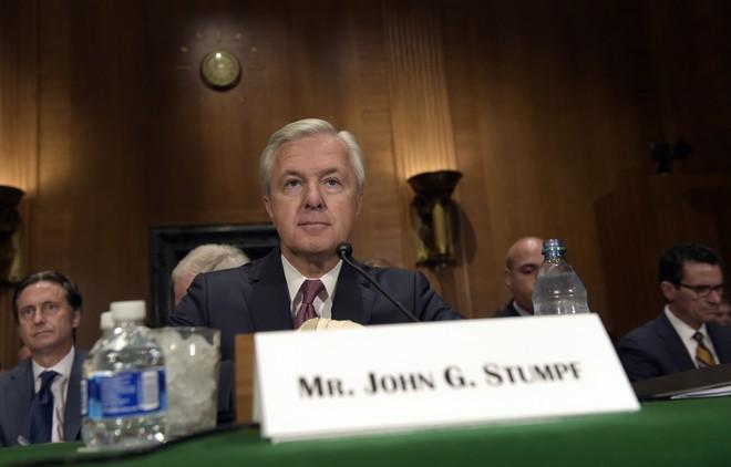 CEO Wells Fargo nghỉ hưu ngay lập tức vì scandal