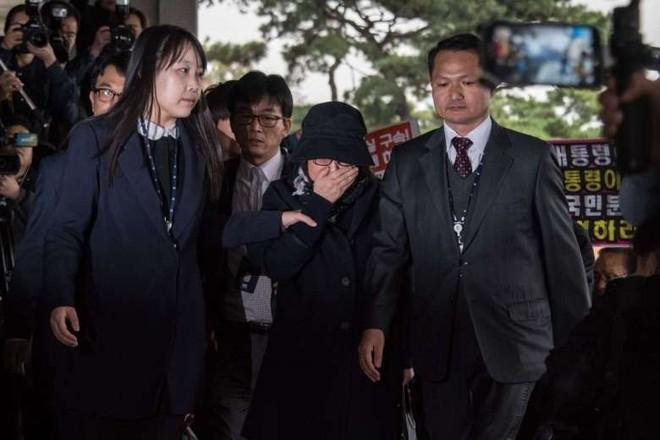 Samsung bị cáo buộc đã trao 3 triệu USD cho bạn thân Tổng thống Hàn Quốc