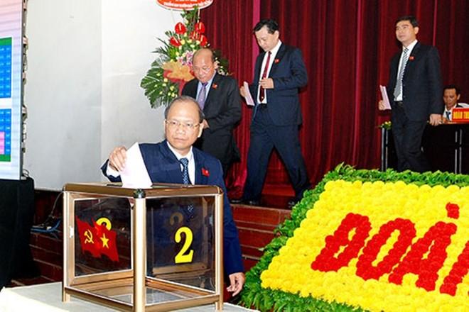 Đồng chí Nguyễn Mạnh Hùng tái đắc cử Bí thư Tỉnh ủy Bình Thuận