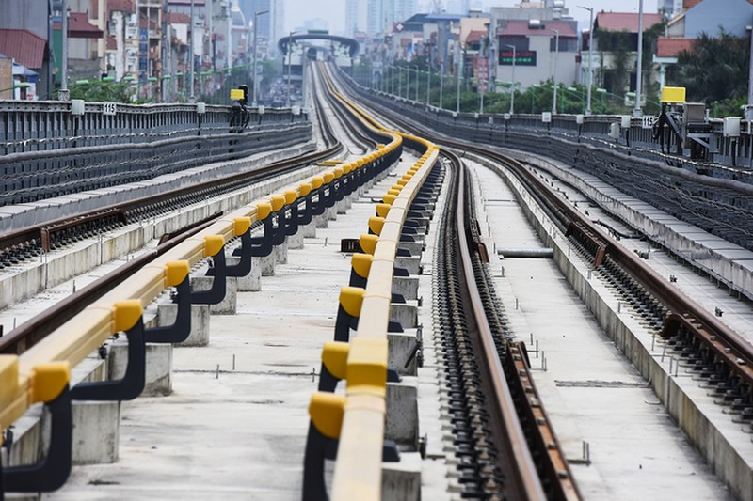 Nhà thầu tăng thêm công nhân cho dự án đường sắt Cát Linh - Hà Đông