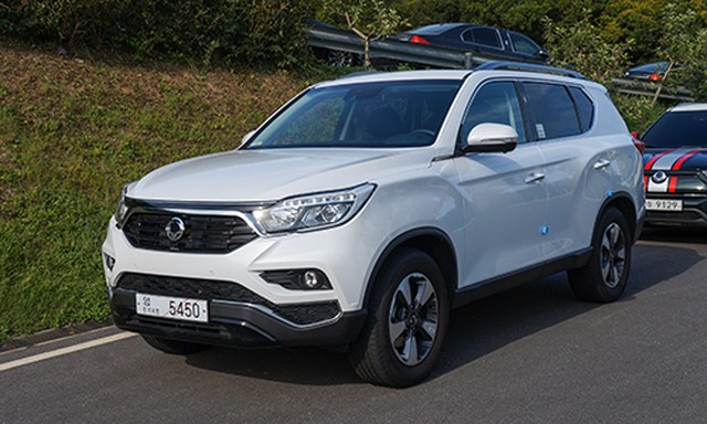 chi-tiet-ssangyong-rexton-2017-tai-han-quoc-2