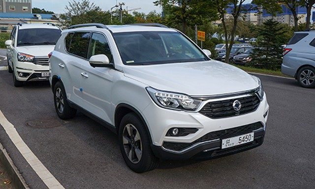 chi-tiet-ssangyong-rexton-2017-tai-han-quoc